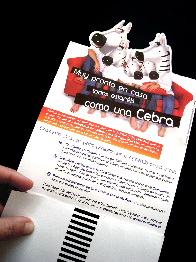 folleto, mailing familias cebra, para la Fundación Mapfre, diseño gráfico, maquetación